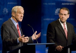Ron Paul & Mike Huckabee at a Republican Presidential Debate in 2007