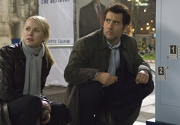 Naomi Watts & Clive Owen in The International