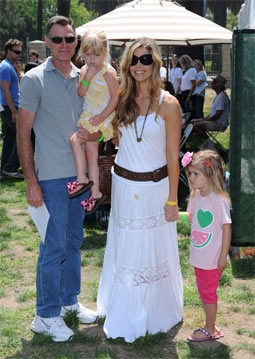 Denise Richards with Her Father, Irv, and Daughters, Lola and Sam