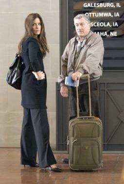 Kate Beckinsale & Robert DeNiro in Everybody's Fine