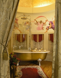 Romantic Master Bathroom in Swann House's Il Duomo Suite