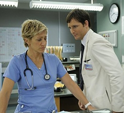 Edie Falco & Peter Facinelli in Nurse Jackie