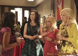 Marisol Nichols, Miriam Shor, Kristin Chenoweth & Jennifer Aspen in GCB