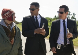 Michael Stuhlbarg, Will Smith & Josh Brolin in Men In Black 3