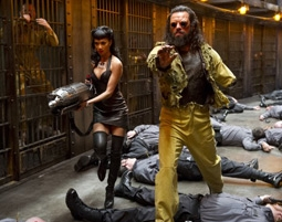 Nicole Scherzinger & Jemaine Clement in Men In Black 3
