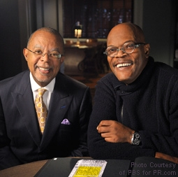Henry Louis Gates, Jr. with Samuel L. Jackson in Finding Your Roots