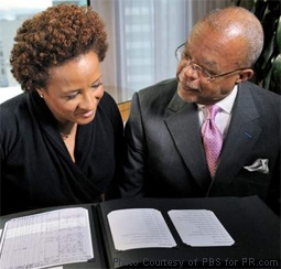 Henry Louis Gates, Jr. with Wanda Sykes in Finding Your Roots