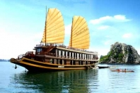 Indochina Sails - Luxury Cruises in Halong Bay Overview