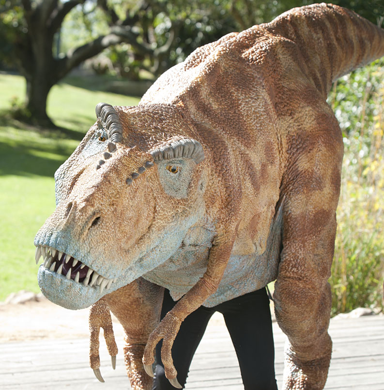 Hollywood Effects House Creates 15-Foot Long T. Rex for Santa ...