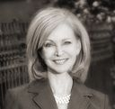 Leigh Rowe Joins Places - Real Estate Firm Specializing in Luxury Properties