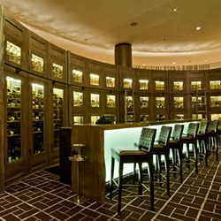 Grotto Custom Wine Cellars Completes Wine Bar Project at the Fairmont Hotel Chicago