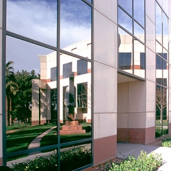 BusinesSuites Renews Lease at Hughes Center