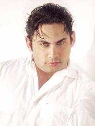 Orlando-Based Dominican Singer Octavio Patxot Releases CD, Historia de Amor