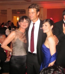 Another peakPRgroup Success as Betty White, Josh Duhamel and St. Johns Medical Center Raise $400 Thousand at The American Red Cross Red Tie Event 2011