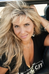 """Long Island Country Artist Lisa Matassa Invades Nashville to Shoot Video for Her Rising Single """"Me Time"""" with Acclaimed Director"""