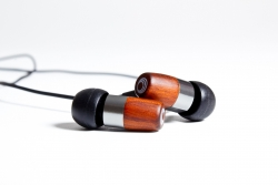 THINKSOUND™ Releases New In-Ear Monitor Headphone