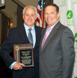 Ray Finkelstein of United Realty Receives ABLI Distinguished Broker Award