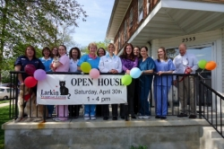 Larkin Veterinary Center Announces Launch of Wellness Plans That Offer Up to 60% Off Services