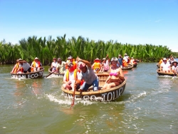 Luxury Travel Ltd. to Promote the Golden Central Coast of Vietnam