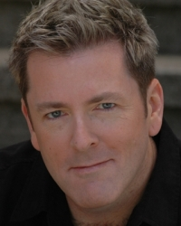 """Russ Lorenson Celebrates Seven Years of """"Christmas in San Francisco"""" - Broadway and Cabaret Star Karen Mason to Guest"""