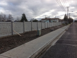 RhinoRock Installs Light Weight Concrete Fence for Home Builder DR Horton in Tacoma Washington