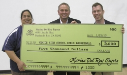 Marina del Rey Toyota Gives Back to the Venice High School Girls Basketball Team