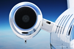 Paramount Business Jets Addresses Pros and Cons of