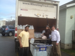 Wheeling Businesses Deliver Water to Victims of WV Chemical Spill