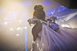 "3D Printing Shines at Cirque Du Soleil's Las Vegas Nightclub ""The Light"" with Anouk Wipprecht"