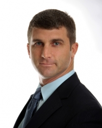Phoenix Orthopedic Surgeon Dr. Shelden Martin Announces Office Move to Two New Valley Locations