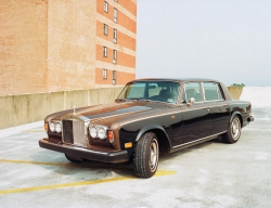Andy Warhol�s Prized 1974 Silver Shadow Rolls Royce Up for Auction on eBay Motors