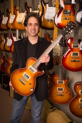 Famed Guitar Maker Dean Zelinsky Opens Factory Store in Highland Park, IL