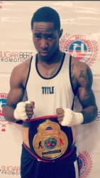 2013 Golden Gloves Champion Ian Green Signs with Kran Sports and Set to Make Professional Debut on 11/22