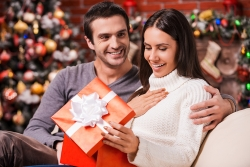 Holiday Shopping More Stressful for Men Than a Trip to the DMV: Gift Toad Simplifies the Process