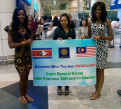 Miss Tourism Swaziland Warmly Welcomed in Malaysia by Muhammad Qadeer, the Special Envoy of HRH Princess Sikhanyiso