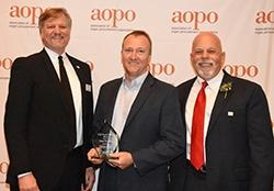 Brian Shepard of Richmond, Virginia Receives Award from Association of Organ Procurement Organizations