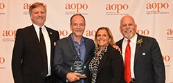 Kevin O'Connor of Belleview, Washington Receives Award from Association of Organ Procurement Organizations