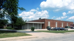 Top Gun Advisors Completes 72,000 SF. Industrial Sale in Des Plaines, IL