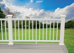 DuraLife™ Unveils Rockport™ Extruded PVC Railing System