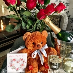 "Victorian Valentine February Special at Colorado Springs' Holden House 1902 Bed & Breakfast Inn with a ""Bear-y"" Suite-Hearts & Flowers Package"