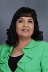 Lou Ann Tovar Recognized as a Professional of the Year by Strathmore's Who's Who Worldwide Publication