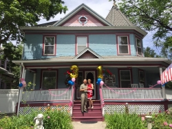 Holden House 1902 Bed & Breakfast Inn Toasts 31st Anniversary and Longtime Innkeepers Savor Years of Hospitality