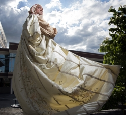 Suburban Oregon Theater Wades Calmly Into the National Shakespearean Fray
