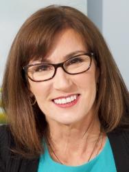 Outstanding Alumni Entrepreneur Award for Tribe Inc.'s Elizabeth Baskin