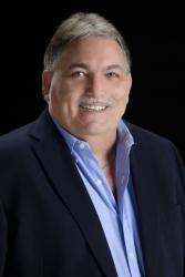 Robert Paul, PA Joins Sarasota's Fine Properties