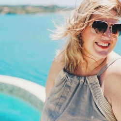 Canadian Entrepreneur and Single Mom Wins Gold Magellan Award for Travel