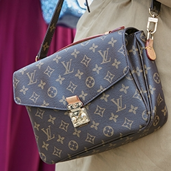 Snobswap Launches First Luxury Wholesale Marketplace for Resale Industry