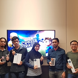 Maxis Gamewars Winners Walk Away with Prizes Worth Up to RM100,000