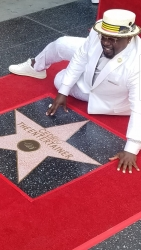 Filippo Sinisgalli, the Italian Chef to the Stars, Congratulates Cedric the Entertainer for the Dedication of His Star on the Hollywood Walk of Fame