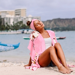 Jams World 2018 'Akala (Pink) Collection to Benefit Hawaiʻi Pacific Health Cancer Center at Pali Momi Medical Center